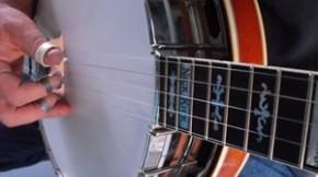 Practicing Basic Banjo Rolls